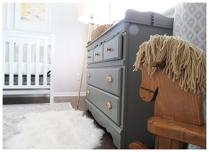 gender-neutral-nursery-rocking-horse-crib